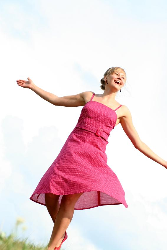https://cf.ltkcdn.net/teens/images/slide/128473-566x848r1-pink-dresses.jpg