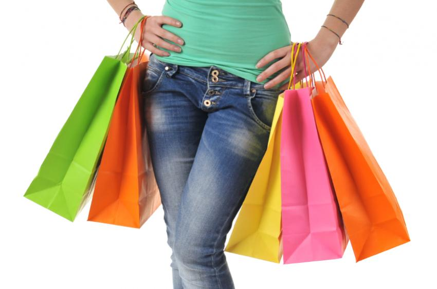 https://cf.ltkcdn.net/teens/images/slide/166057-850x563-teen-shopping.jpg