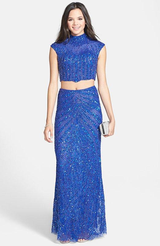https://cf.ltkcdn.net/teens/images/slide/184942-522x800-Mac-Duggal-Two-Piece-Mandarin-Collar-Gown.jpg