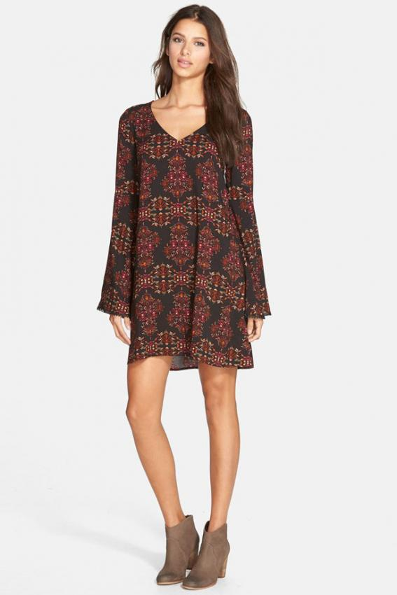 https://cf.ltkcdn.net/teens/images/slide/188743-567x850-Socialite-Boho-Shift-Dress.jpg