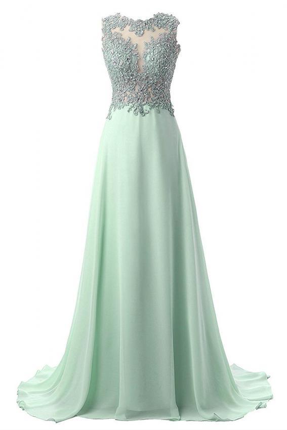 https://cf.ltkcdn.net/teens/images/slide/215321-567x850-applique-green-prom-dress.jpg