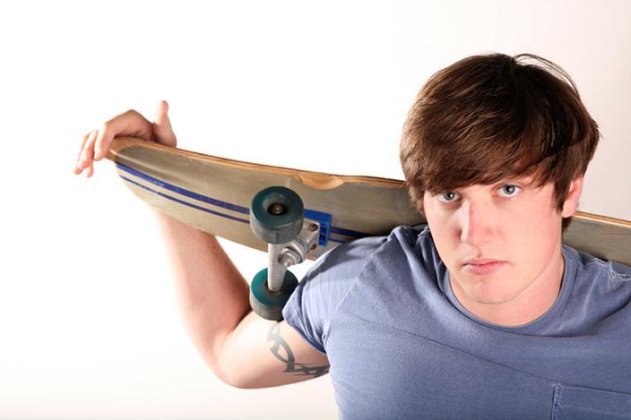 https://cf.ltkcdn.net/teens/images/slide/221307-704x469-Teen-boy-with-a-skateboard.jpg