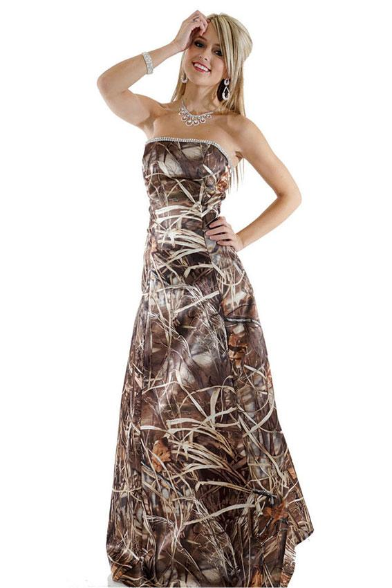 https://cf.ltkcdn.net/teens/images/slide/221406-567x850-realtree-camo-a-line-dress-with-rhinestone-trim.jpg