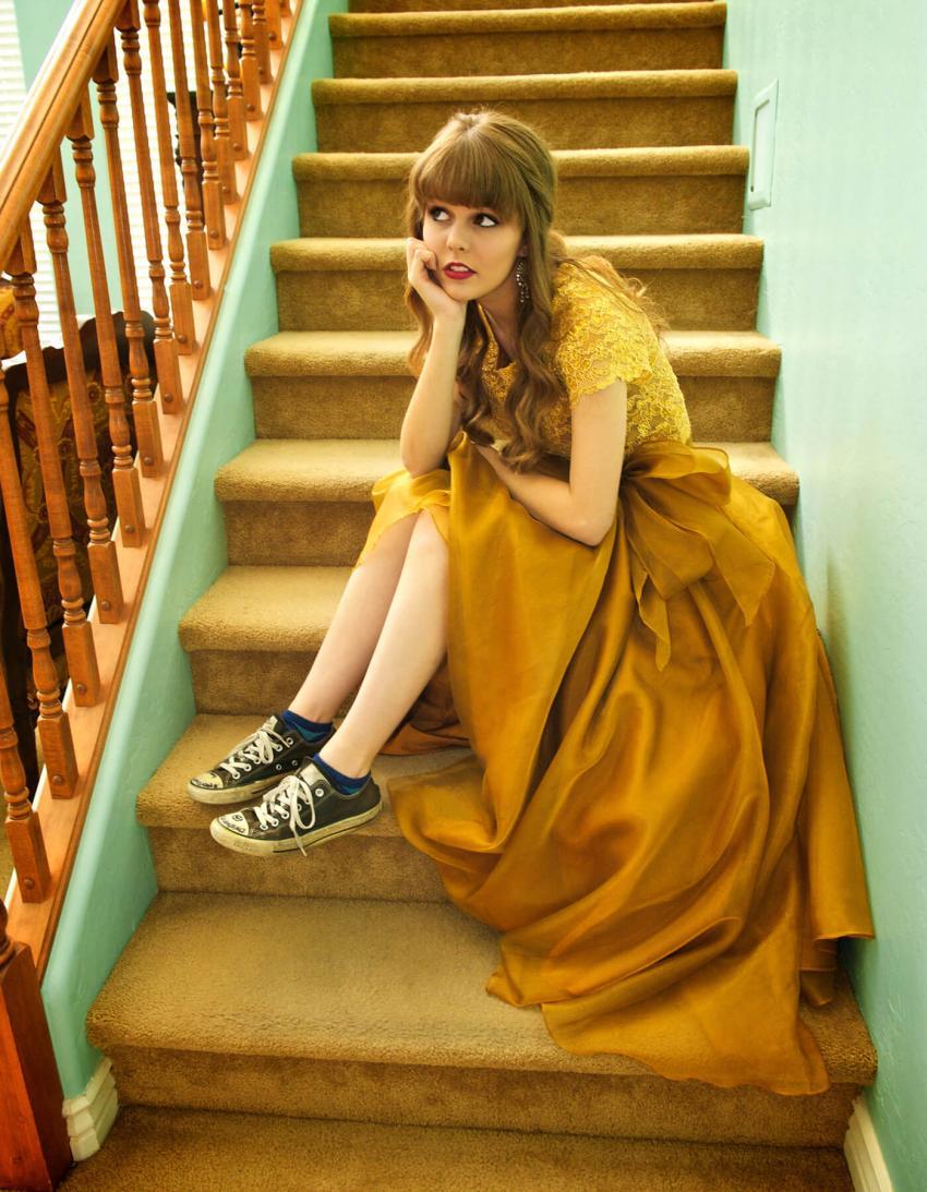 https://cf.ltkcdn.net/teens/images/slide/245980-850x1093-5-options-homecoming-dresses.jpg