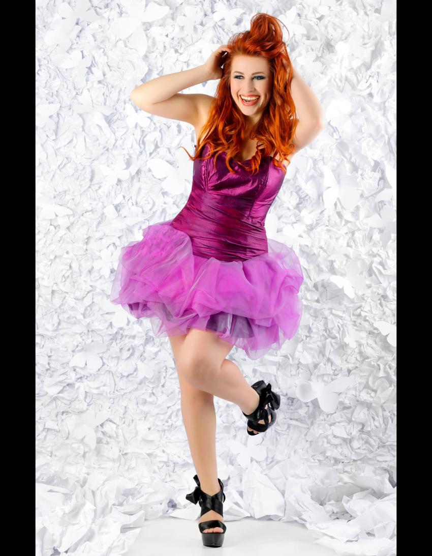 https://cf.ltkcdn.net/teens/images/slide/245981-850x1093-6-options-homecoming-dresses.jpg