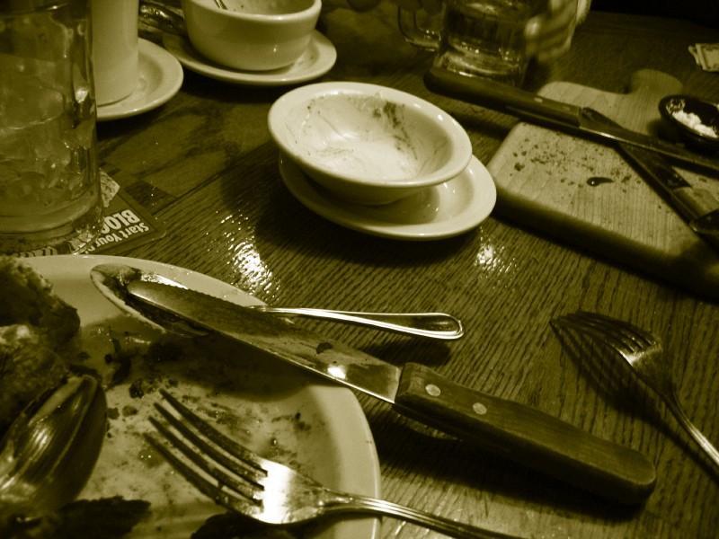 https://cf.ltkcdn.net/teens/images/slide/91569-800x600-Table-manners.jpg