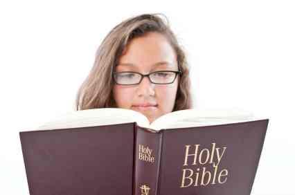 https://cf.ltkcdn.net/teens/images/slide/92613-426x282-Christian_Bible_Teen.jpg