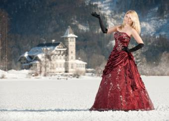 https://cf.ltkcdn.net/teens/images/slide/143039-818x587r1-red-winter.jpg