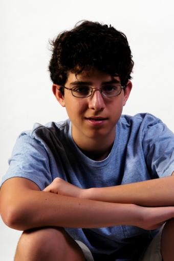 https://cf.ltkcdn.net/teens/images/slide/146554-566x848r1-PubertyStages3.jpg