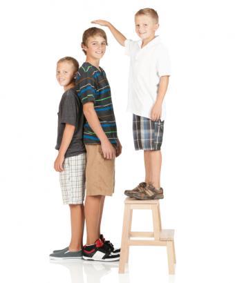 https://cf.ltkcdn.net/teens/images/slide/146556-631x761r1-PubertyStages5.jpg