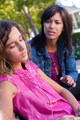 5 Serious Teenage Behavior Problems