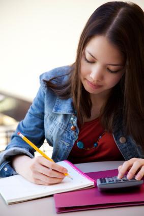 student calculating gpa