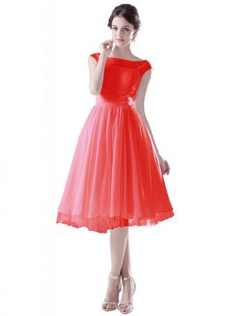 https://cf.ltkcdn.net/teens/images/slide/169801-509x679-Dresstells-short-red-dress.jpg
