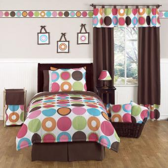 https://cf.ltkcdn.net/teens/images/slide/176447-500x499-Sweet-Jojo-Designs-Deco-Dot-Bedroom.jpg