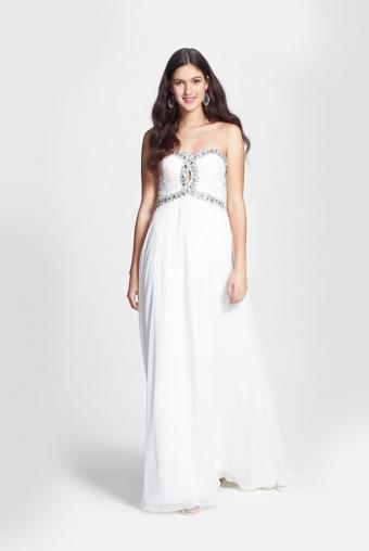 https://cf.ltkcdn.net/teens/images/slide/183018-569x850-Faviana-Embellished-Cutout-Chiffon-Gown.jpg