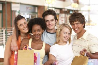 Popular Teen Clothing Stores for Any Budget