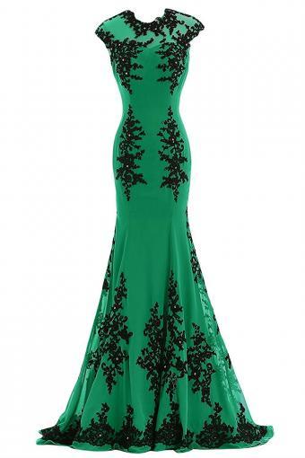 https://cf.ltkcdn.net/teens/images/slide/215449-567x850-applique-dress.jpg