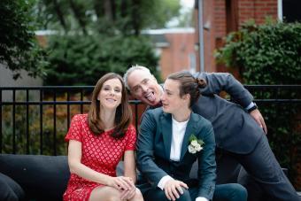 https://cf.ltkcdn.net/teens/images/slide/242877-850x567-funny-family-portrait.jpg