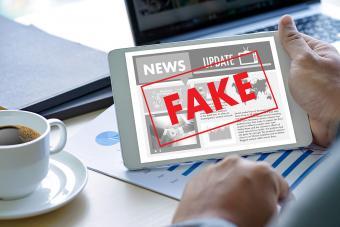 Fake news on computer