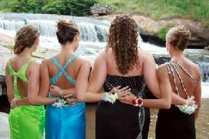 Tips to Design Your Own Prom Dress