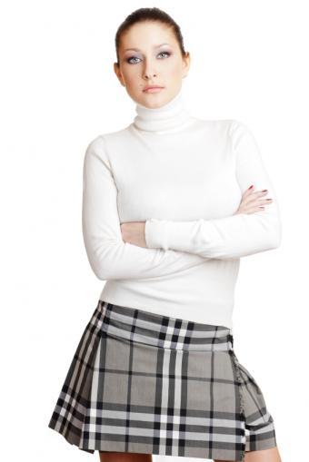 https://cf.ltkcdn.net/teens/images/slide/91536-566x848-mini-skirt-gallery-3.jpg