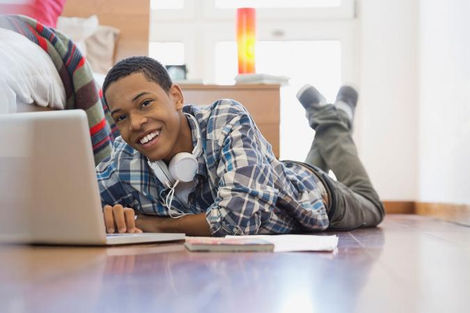 Creative Writing Online Resources for Teens | LoveToKnow