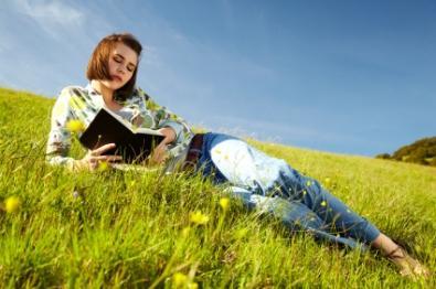 Teen_reading.jpg