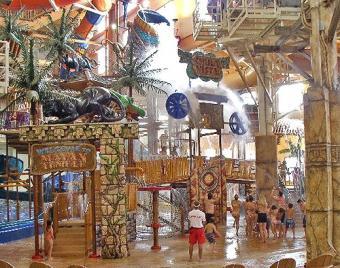 https://cf.ltkcdn.net/themeparks/images/slide/122733-520x410-indoorslide7.jpg