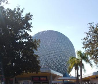 https://cf.ltkcdn.net/themeparks/images/slide/122809-500x426-epcot-ball.jpg