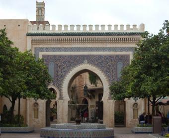 https://cf.ltkcdn.net/themeparks/images/slide/125603-600x490-epcot_world_morocco.jpg