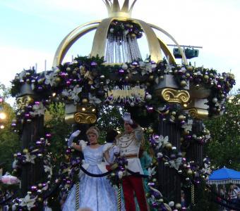 Christmas Float of Disney Princesses