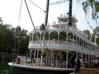The Mark Twain Riverboat, just one attractive ride at Disney.