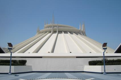 Space_mountain_2.jpg