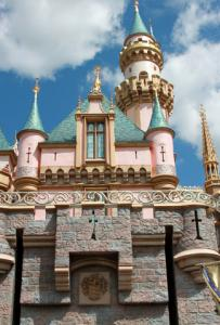 Sleeping Beauty's Castle; © Outline205 | Dreamstime.com