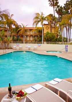 Wyndham Garden San Diego Pool