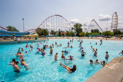 Soak City Cedar Rapids Breakers Bay