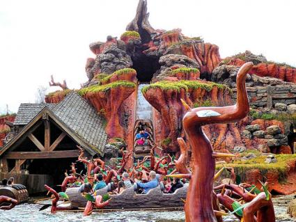 Splash Mountain in Magic Kingdom at Walt Disney World Resort