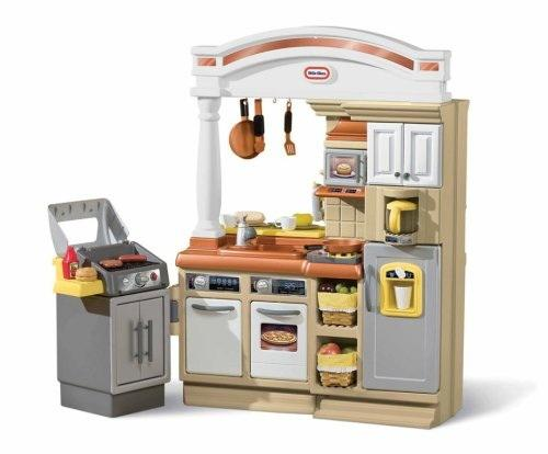 https://cf.ltkcdn.net/toys/images/slide/125409-500x414-kitchen3.jpg