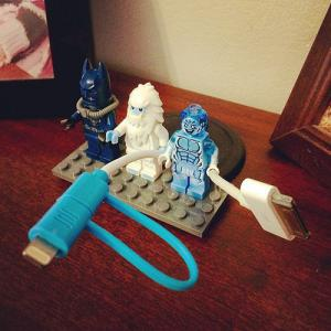 Lego action figure cable organizer