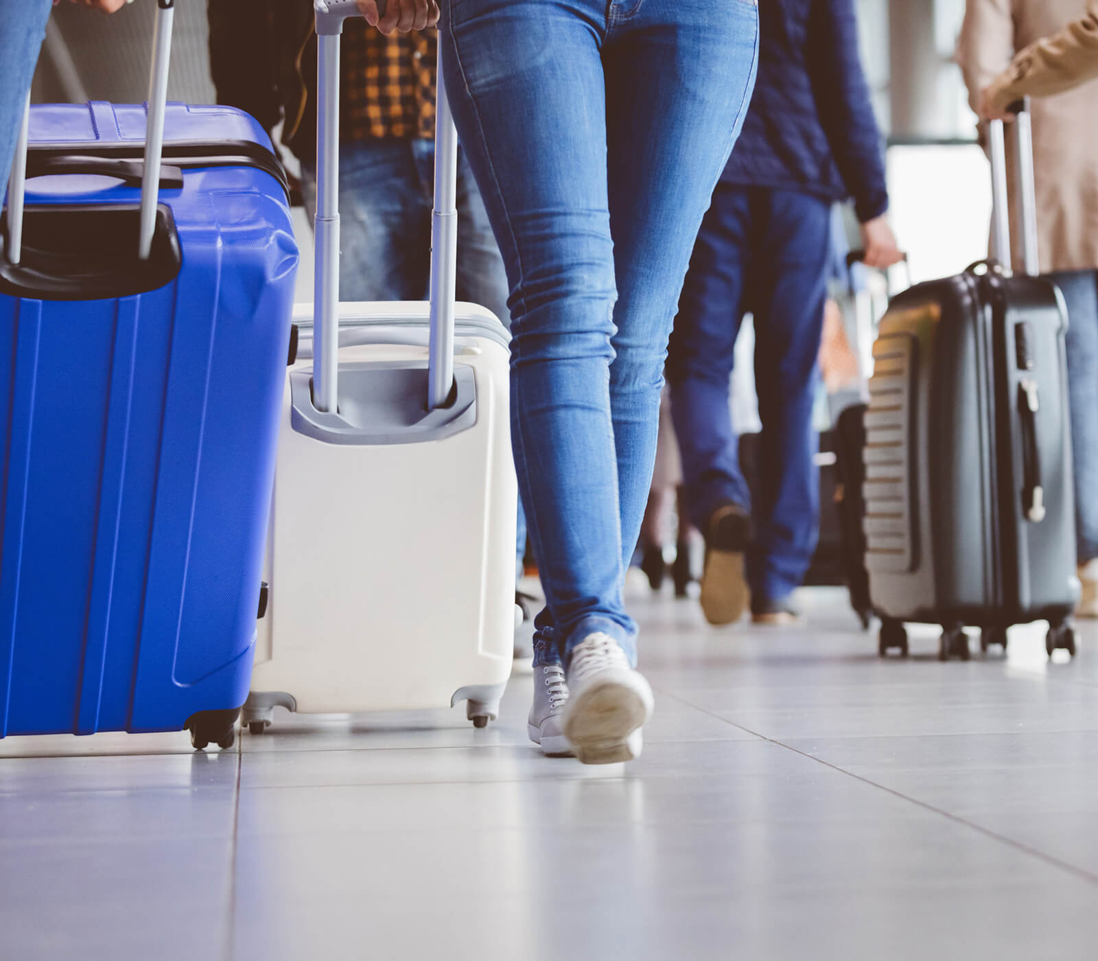 1-holiday-travel-safety-tips.jpg