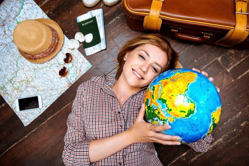 https://cf.ltkcdn.net/travel/images/slide/205683-850x567-girl-holding-globe.jpg