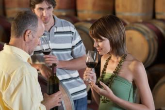 https://cf.ltkcdn.net/travel/images/slide/175751-725x483-Wine-tour-TS.jpg