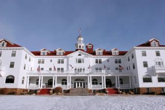 https://cf.ltkcdn.net/travel/images/slide/175811-725x483-Stanley-Hotel-TS.jpg