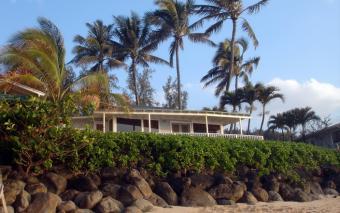 FreeImages.com http://www.freeimages.com/photo/dream-hawaiian-home-1216984