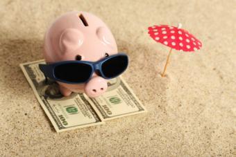 7 Vacation Money Saving Hacks