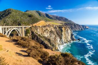 https://cf.ltkcdn.net/travel/images/slide/196906-850x567-Bixby-Creek-Bridge-in-Big-Sur-California.jpg