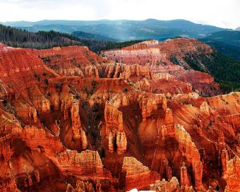 https://cf.ltkcdn.net/travel/images/slide/196911-850x680-Cedar-Breaks-National-Monument.jpg