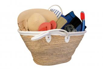 beach straw bag with hat