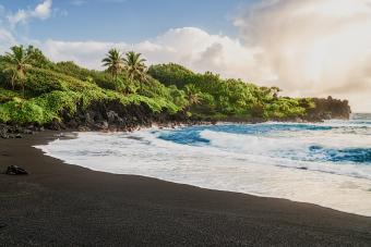 Wai'anapanapa Black Sand Beach, Maui