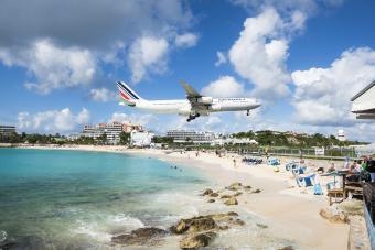 Air France flying over Maho Beach, Saint Martin
